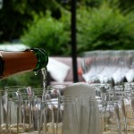 10 Ways to Keep Guests Entertained at Your Reception